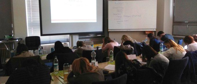 """<span class=""""authority-subtitle"""">Schreibcoaching - erst lernen, wie es geht, dann schreiben ...</span>Gruppencoaching"""